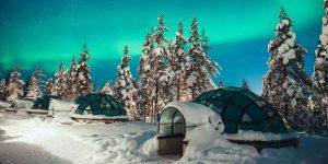 104845265-Kakslauttanen_glass_igloo_Northern_Lights_2