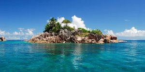 Lille ø tæt på Praslin Voya Travel
