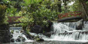 8-Hot-Springs