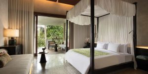 Alila-Ubud-Accommodation-New-Two-Bedroom-Terrace-Tree-Villa-Bedroom4
