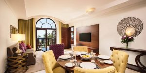 B.Sea View One Bedroom Suite