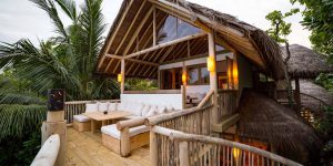 Crusoe-Villa-Suite-2BR-with-pool-deck-by-Martin-Whiteley