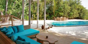 Crusoe-Villa-Suite-3-Bedroom-with-Pool_Daybed-by-Cat-Vinton