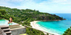 Four-Seasons-Seychellerne-bay-view