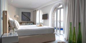 Jumeirah-Port-Soller-Mar-Blau-Signature-Suite-Bedroom