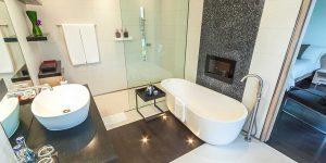 Kata-Rocks-Two-Bedroom-Bathroom