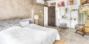 LaGaline-bedroom-1