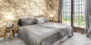 LaGaline-bedroom-2