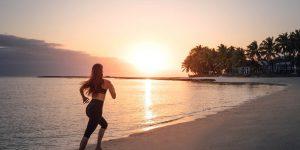 OO-LeSaintGeran-Beach-Sunrise-Model-MorningJogging-lr