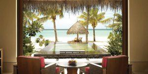 One-and-Only-Reethi-Rah-BeachVilla-Pool-LoungeChairs