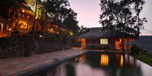 Puluong_retreat_Vietnam_pool1