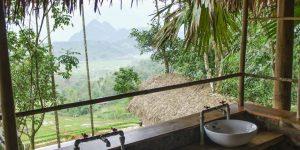 Puluong_retreat_Vietnam_stilt_house_restroom3-1