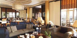 Radisson-BLU-Deira-Creek-Royal-Club-Lounge