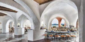 Sardinien-Cala-de-Volpe-Lobby-Bar