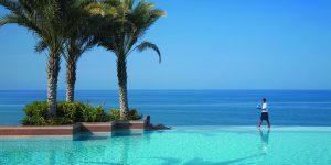 Shangri-Las-Barr-Al-Jissah-Resort-pool-service