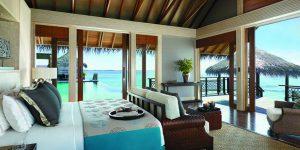 Shangri-Las-Villingili-Villa-Muthee-bedroom