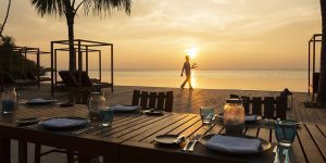 The-Residence-Dhigurah-Cafe-Del-Sol