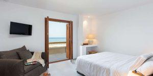 beach-house-arvi-18-00068