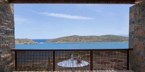 herlc-superior-seaview-balcony-9992-hor-clsc