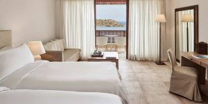 herlc-twin-superior-guestroom-9995-hor-clsc