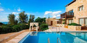 klxwi-royalvilla-pool-5057-hor-clsc