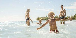 oo-lesaintgeran-lifestyle-family-beach-playing-lr
