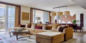 ooct-tablemountain-suite-livingarea-1