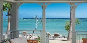 str3459gr-144499-Beachfront Junior Suite Terrace-Med